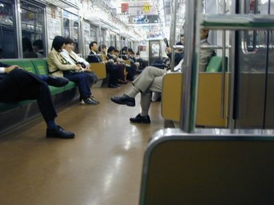 Interior of a Yamanote Line train (2002)